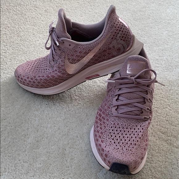 Nike Pegasus 35 Rose Running Shoes Size